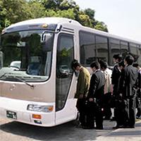 従業員送迎バス